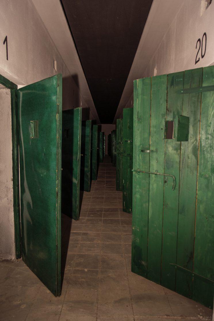 Prigione di Shkoder - Scutari - Albania. Vista del corridoio della prigione al primo piano. Al primo piano venivano detenuti principalmente prigionieri di natura non politica.