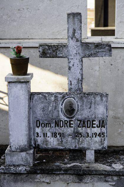 Dom Ndre Zadeja - Cimitero Cattolico di Scutari - Scutari - Albania. Dom Zadeja è stato il secondo Martire ad essere fucilato, dopo Don Lazer Shantoja. Il primo nella città di Scutari.