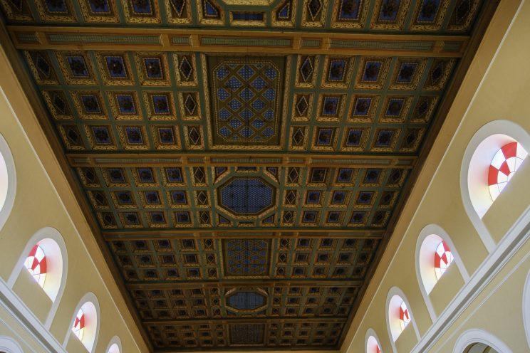 Cattedrale di Scutari - Albania. Soffitto della cattedrale restato inalterato.