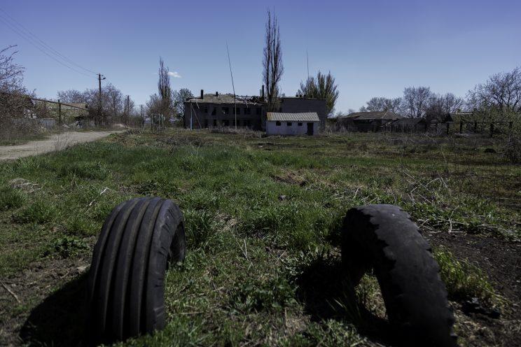 Kominternove - Repubblica popolare di Donetsk (Ex Ucraina - Donbass) - 2018. Una casa abbandonata.